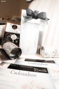 Geef schoonheid en ontspanning kado! Met deze fraai verpakte geschenkbon van Beauty & Makeup Studio Renate.
